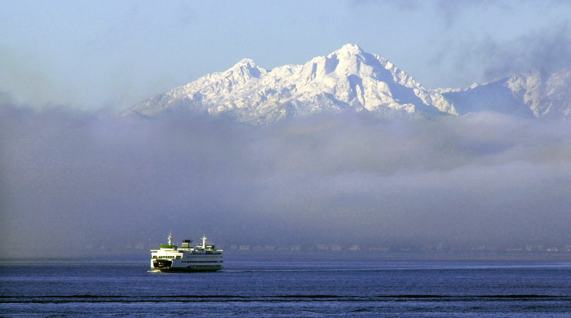 Mapping capacity and flows of ecosystem services in Puget Sound